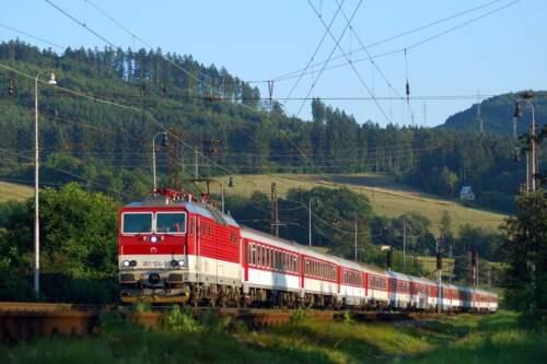 IC vlak ZSR