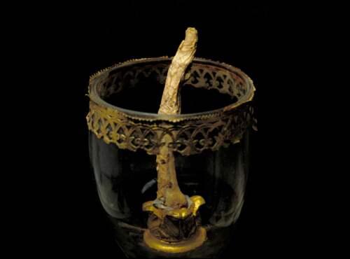 Galileo finger