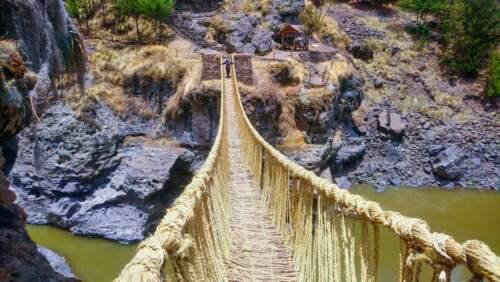Posledný trávnatý most Inkov