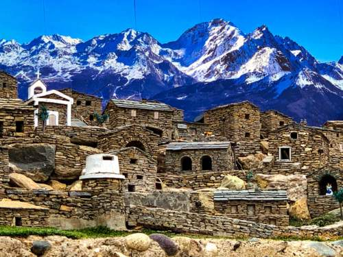 Miniatúrna dedina, Korzika