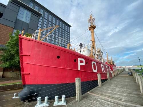 Svetelná loď Portsmouth