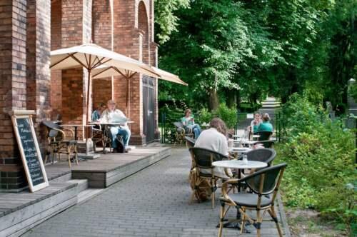 Kaviareň Strauss, Berlín