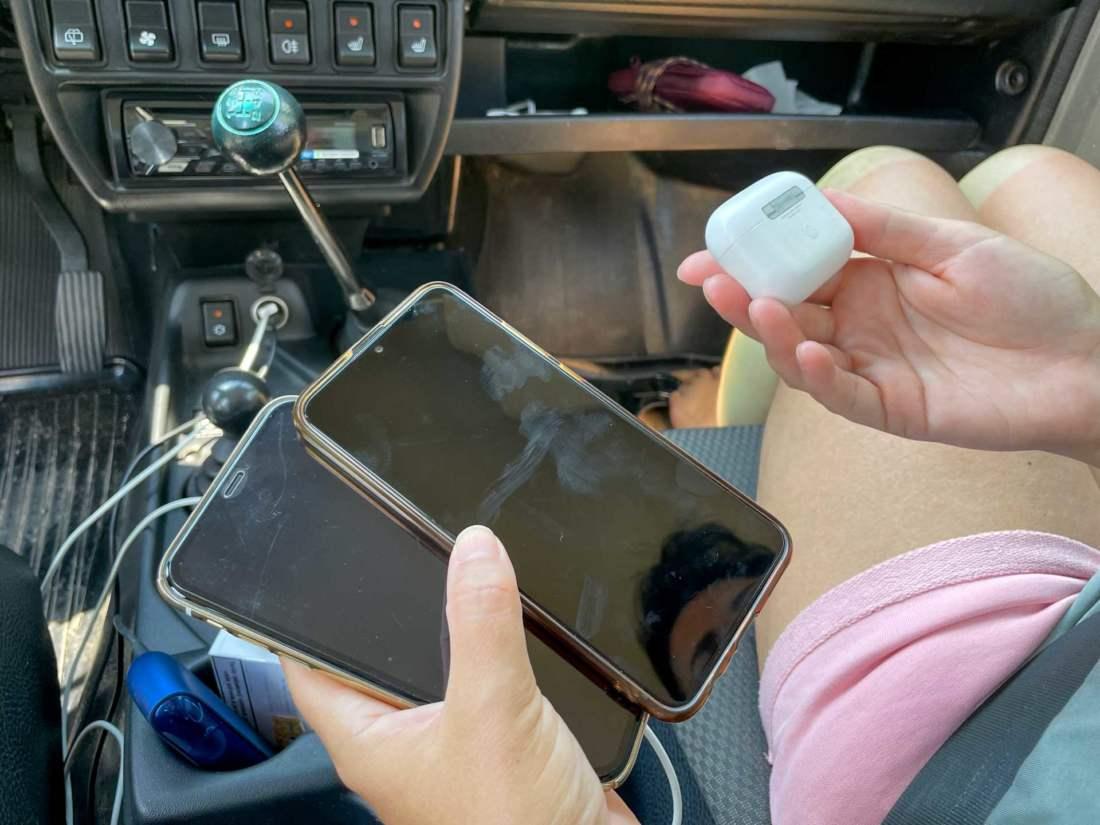 Telefóny a slúchadlá Apple