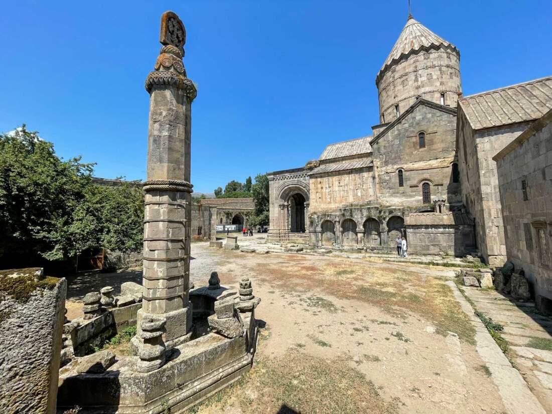 Stĺp v Tatev, Arménsko