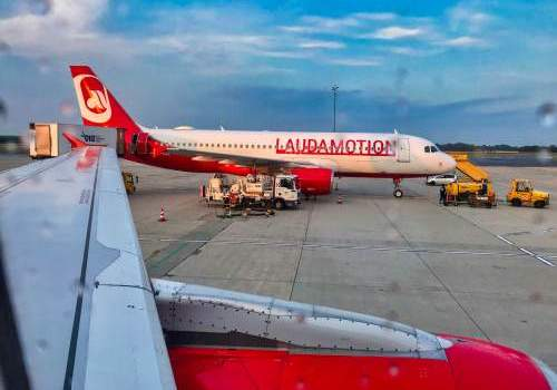 Aircraft, airplane, laudamotion, ryanair, check-in
